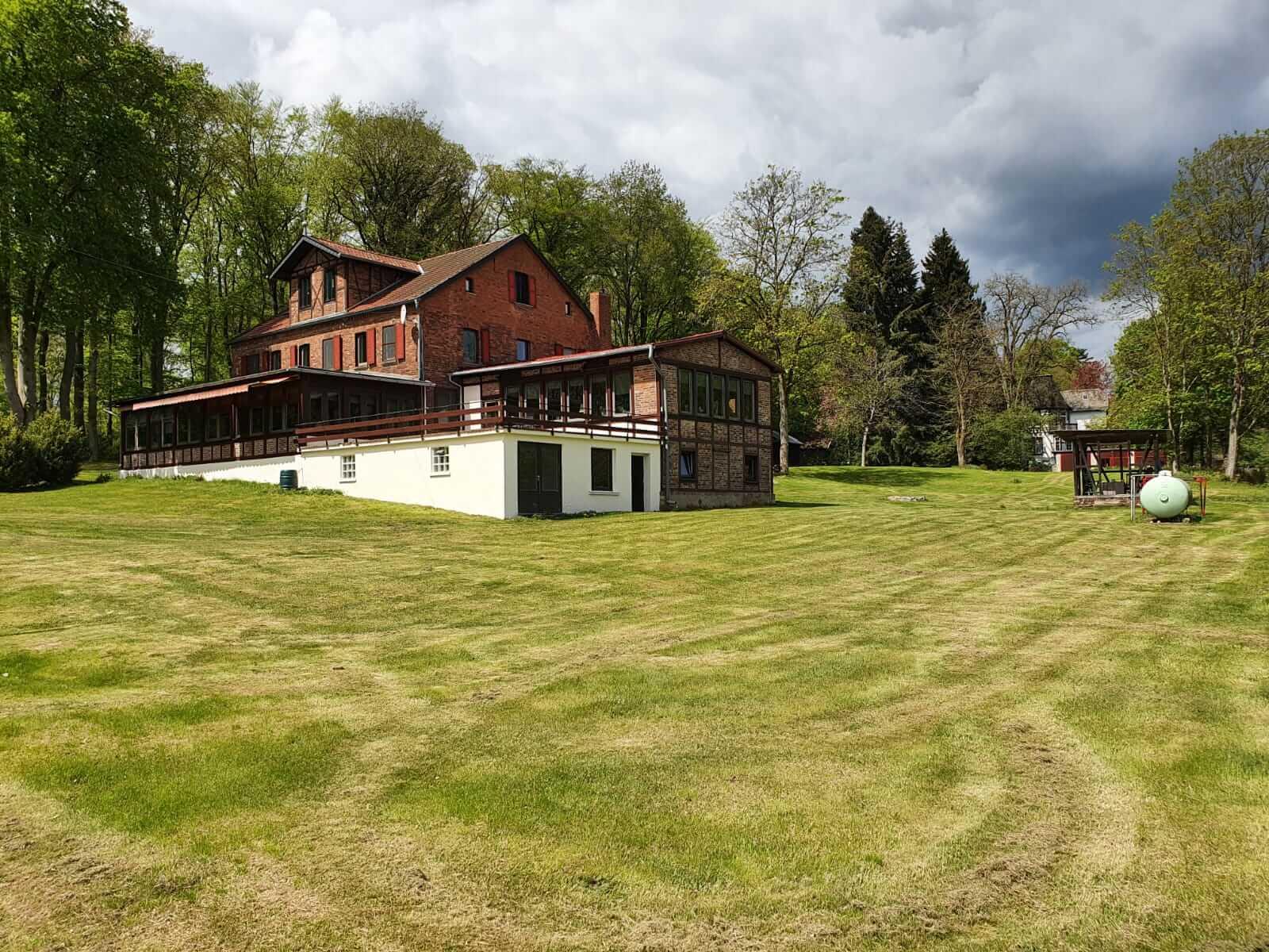 Begane grond Groot vakantiehuis Waldfriede\Groot-vakantiehuis.com